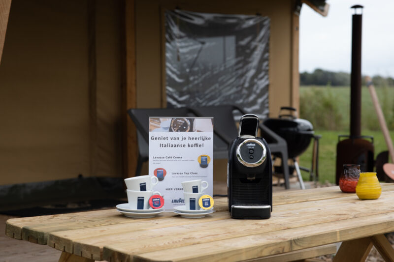Lavazza koffiemachine op Glamping Farmcamps